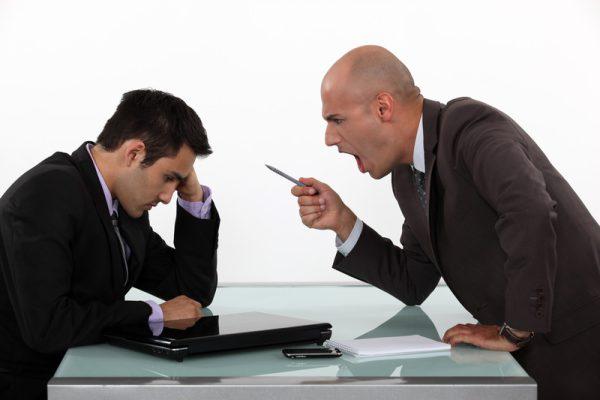Jaké problémy často dělají realitky makléřům, kteří se rozhodnout odejít ke konkurenci?